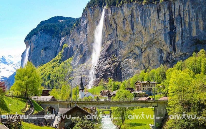 Làng Films ngôi làng đẹp như tranh vẽ ở Thụy Sĩ