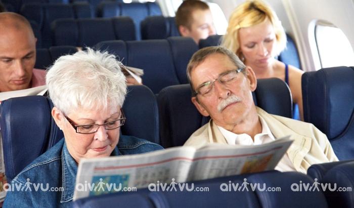 Người già đi máy bay China Airlines cần lưu ý điều gì?