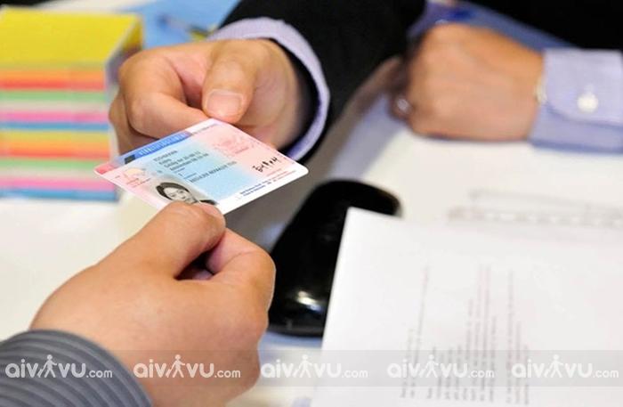 Tại sao nên chọn dịch vụ làm visa Hà Lan bao đậu?