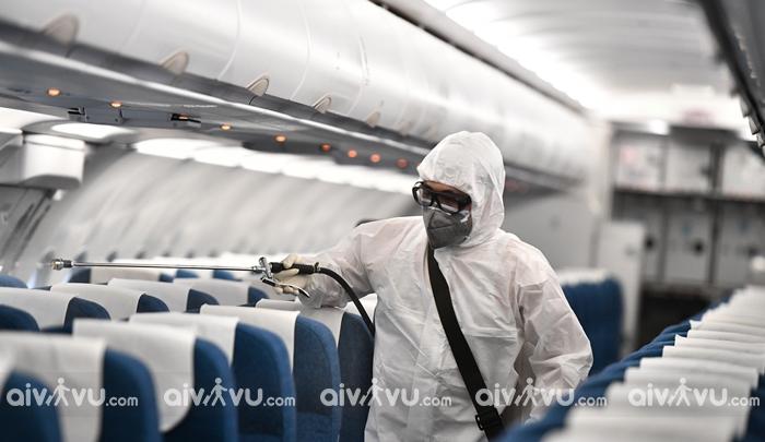 Vietnam Airlines duy trì thực hiện phun khử trùng đảm bảo an toàn bay