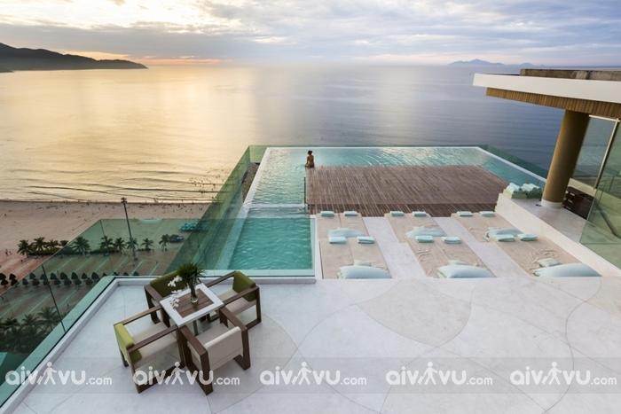Bể bơi khách sạn À La Carte Đà Nẵng