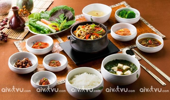 Những điều cấm kỵ khi dùng bữa ở Hàn Quốc