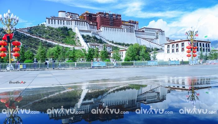 Thánh địa Lhasa