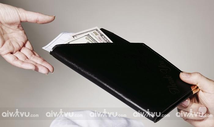 Tiền tip khi đến các quán Cafe, nhà hàng, khách sạn ở Mỹ là bắt buộc