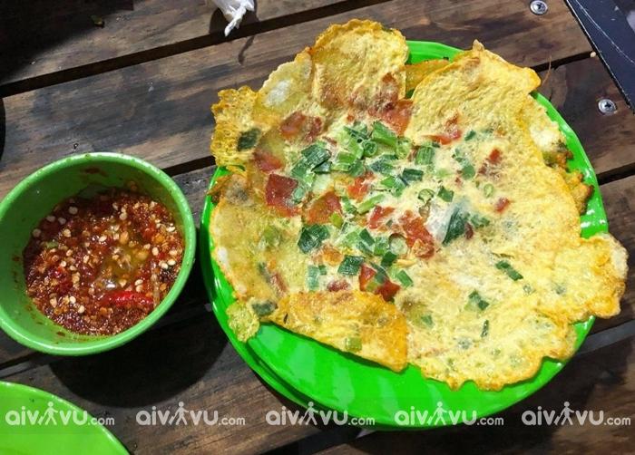 Bánh ép Huế - món ăn vặt ngon nhất ở Huế