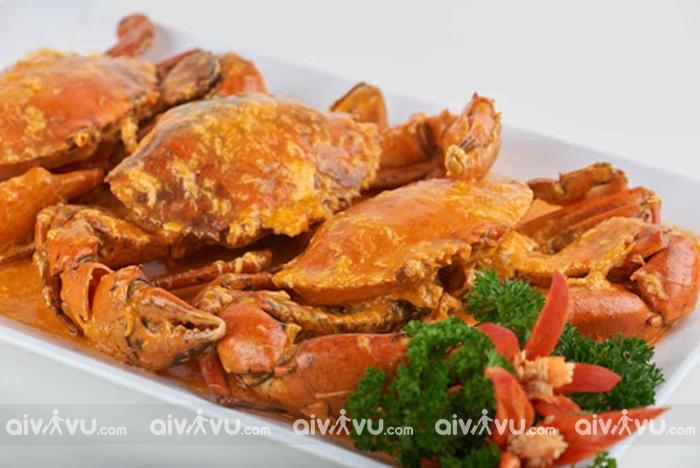 Cua bể (sốt ớt/hạt tiêu) – Đỉnh cao ẩm thực Singapore