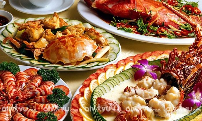 Du lịch Nha Trang tháng 8 ăn gì?
