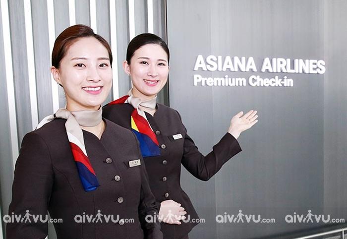 Dịch vụ hỗ trợ hành khách cao tuổi của Asiana Airlines