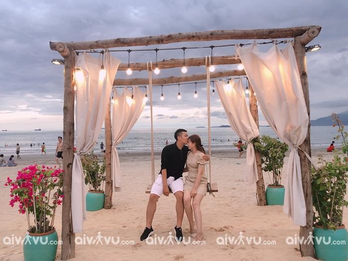Surf Bar Quy Nhơn - quán bar view biển đẹp nhất nước ta