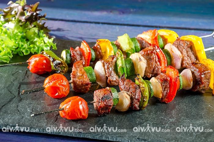 Thịt nướng Shashlik – món ăn truyền thống lâu đời nhất nước Nga