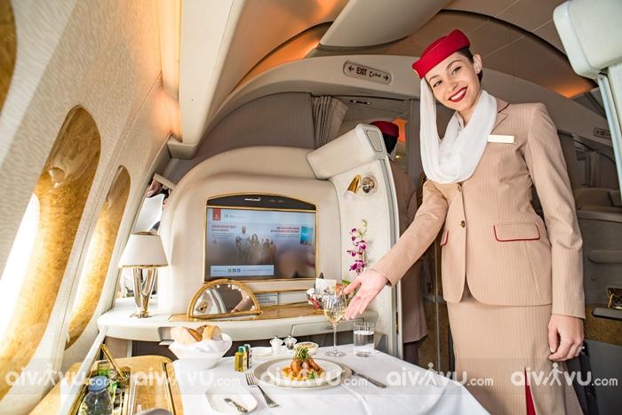Trải nghiệm dịch vụ tốt nhất từ hãng hàng không 5 sao Emirate
