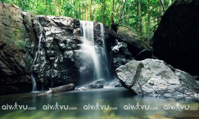 Khám phá suối Tranh đẹp tựa tranh vẽ tại Phú Quốc