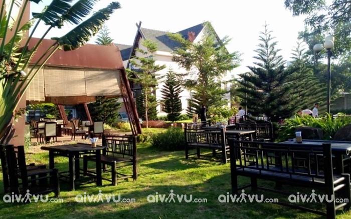 không gian xanh tại Legend Coffee Resort hạng phòng Superior
