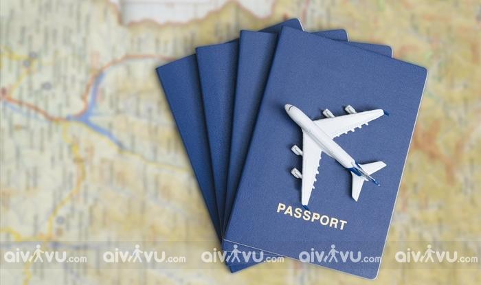 Kinh nghiệm mua vé máy bay giá rẻ cho du học sinh