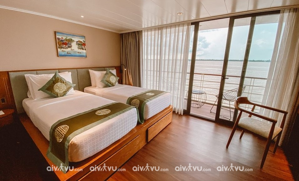 Hạng phòng Deluxe Cabin Main Deck