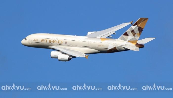Hướng dẫn đổi tên trên vé máy bay Etihad Airways nhanh chóng