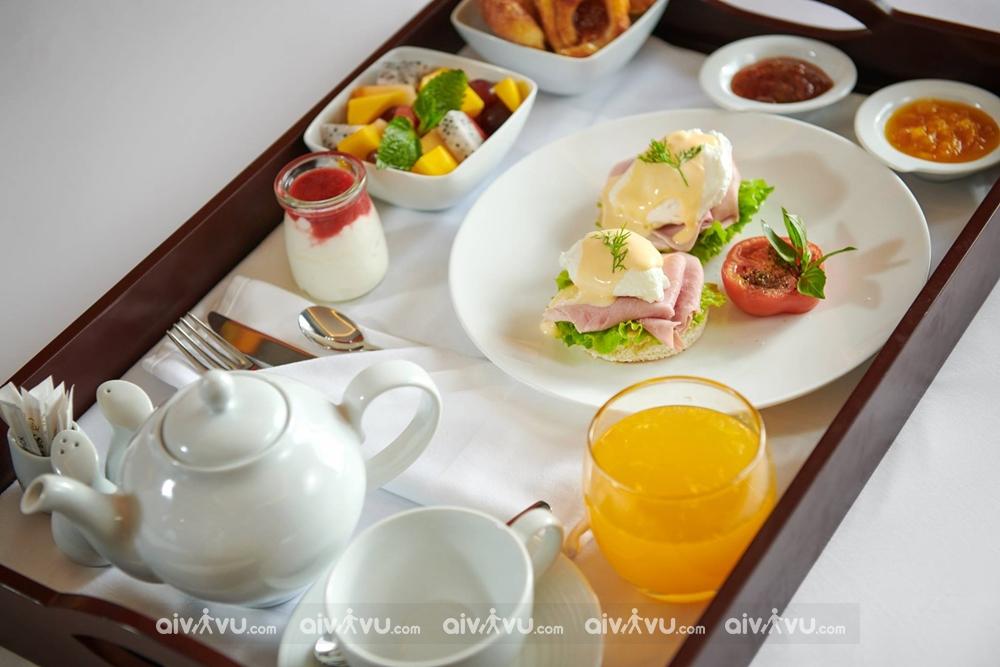 Sử dụng miễn phí bữa sáng