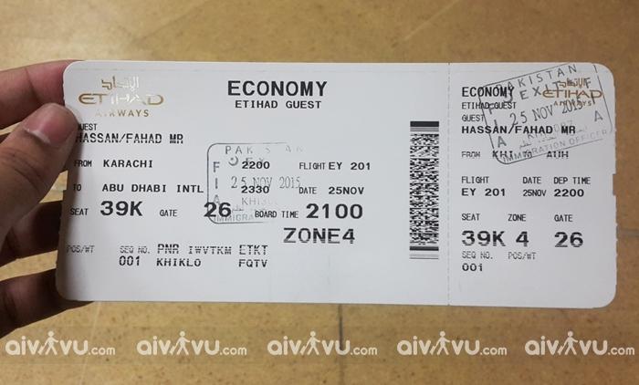 Đổi tên trên vé máy bay Etihad Airways có được không?