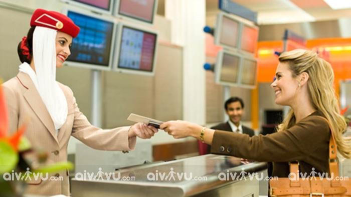 Hướng dẫn hoàn đổi vé máy bay Emirates nhanh chóng