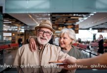 Người già đi máy bay Emirates cần giấy tờ gì?