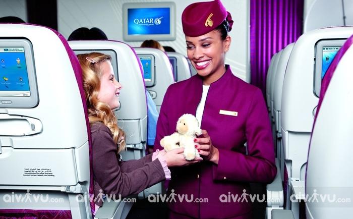 Quy định đặt vé máy bay cho trẻ em và em bé Qatar Airways