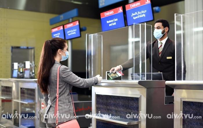 Thời gian làm thủ tục chuyến bay Emirates