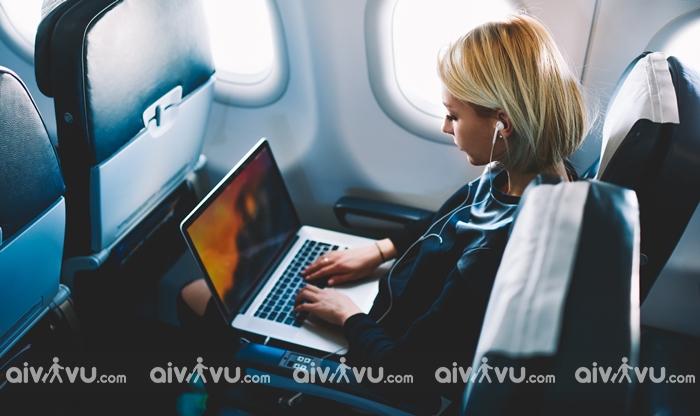 Những vật dụng được phép mang lên máy bay như hành lý xách tay