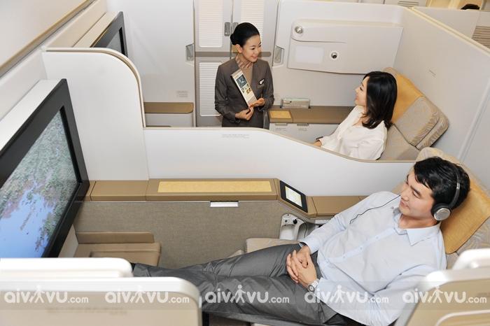 Dịch vụ ghế ngồi ưu tiên trên chuyến bay Asiana Airlines là gì?