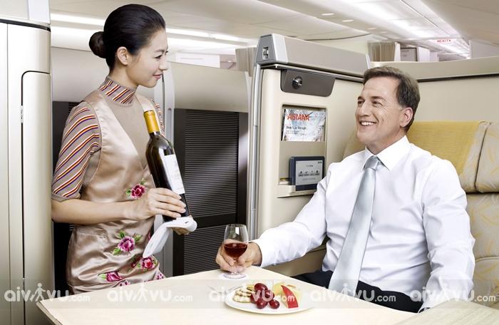 Suất ăn được phục vụ trên máy bay Asiana Airlines hạng Economy