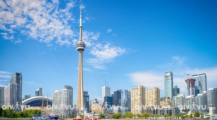 Tháp Cn điểm du lịch Canada tuyệt vời nhất