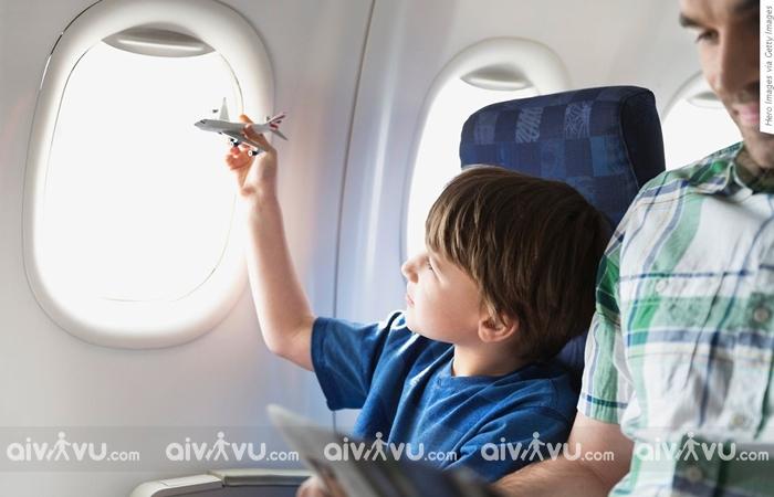 Quy định trẻ em khi đi máy bay Vietravel Airlines