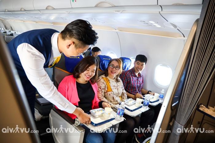Mua trước suất ăn trên máy bay Vietravel Airlines