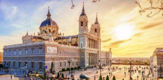 Vé máy bay từ Tây Ban Nha về Việt Nam giá rẻ