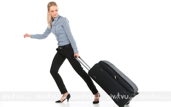 Phí hành lý ký gửi quá cân, quá khổ của American Airlines