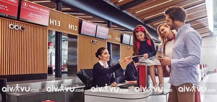 Làm thủ tục lên máy bay Turkish Airlines cần giấy tờ gì?
