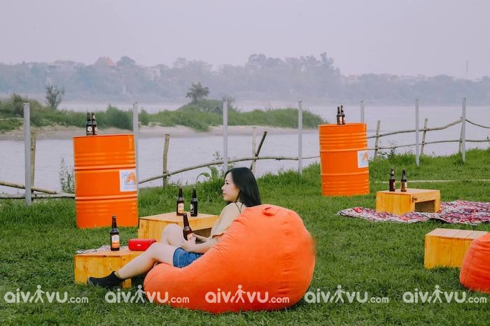 """Poetic Sunset Hà Nội – Quán bar cực """"chill"""" bên bờ sông Hồng thơ mộng"""