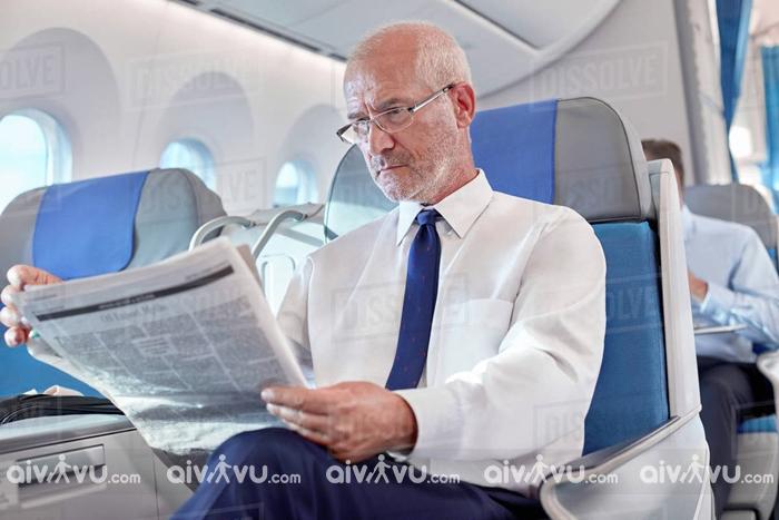 Trường hợp người cao tuổi không nên đi máy bay?