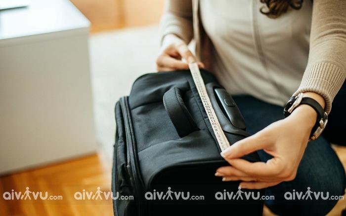 Kích thước hành lý khi đi máy bay Hong Kong Airlines