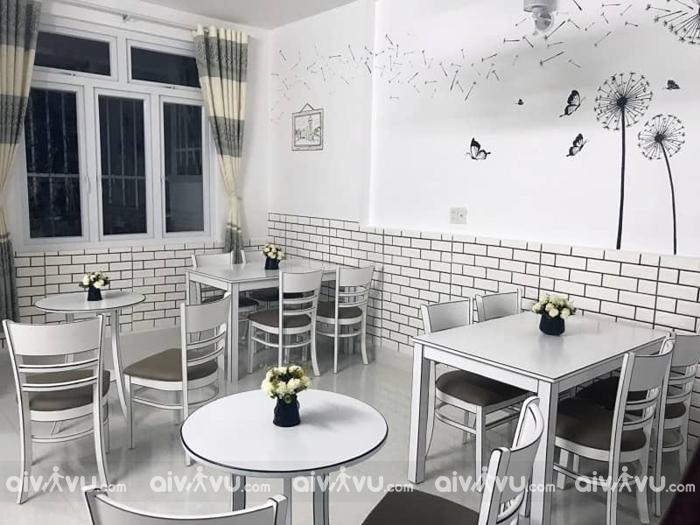 Black and White coffee Đà Lạt quán như được bước ra từ truyện tranh