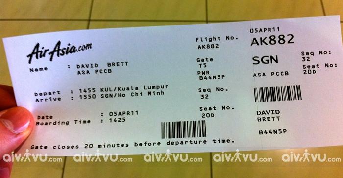 Có thể đổi tên trên vé máy bay Air Asia không?