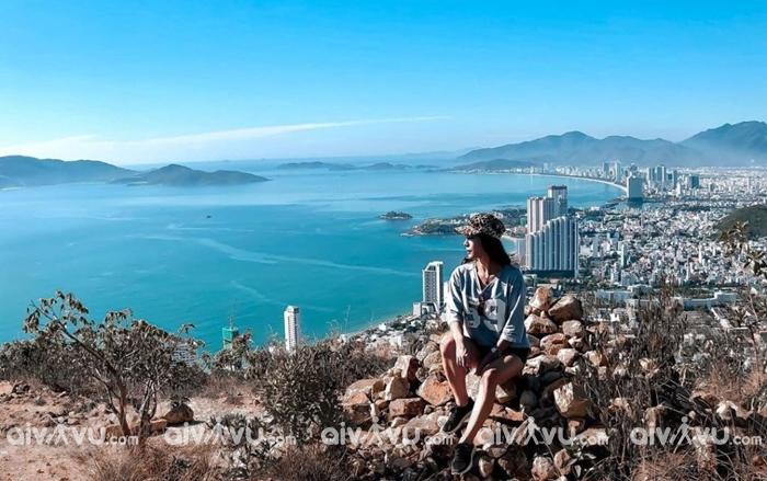 Đỉnh núi Cô Tiên điểm sống ảo toàn cảnh biển Nha Trang