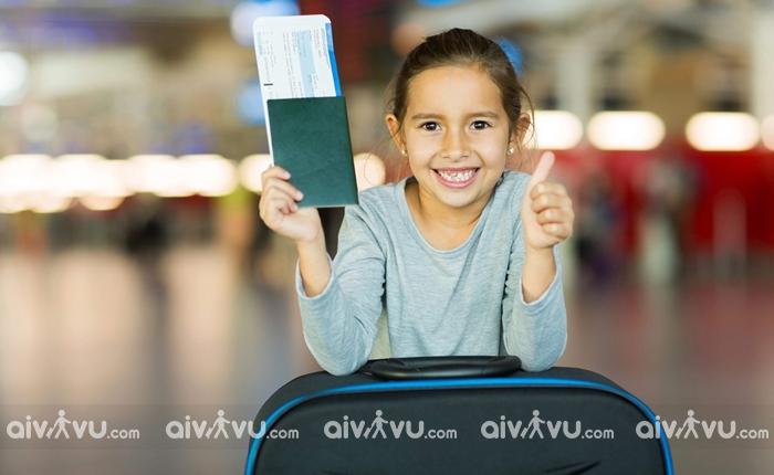 Giấy tờ cần thiết khi đi máy bay quốc tế cho trẻ em