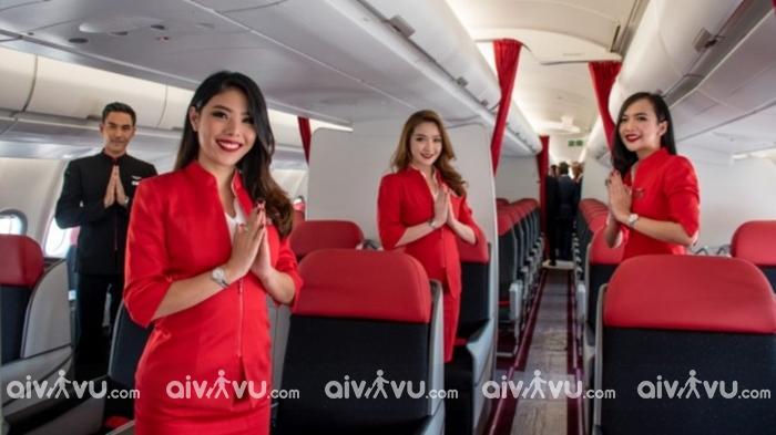 Hành khách phải có mặt tại cổng lên máy bay Air Asia lúc mấy giờ?