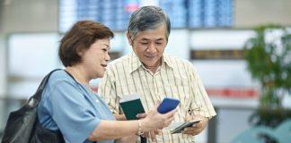 Người già đi máy bay Japan Airlines cần giấy tờ gì?