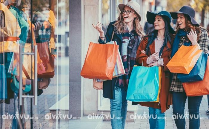 Bí kíp mua hàng hiệu giá rẻ tại Mỹ dịp Lễ Tạ ơn