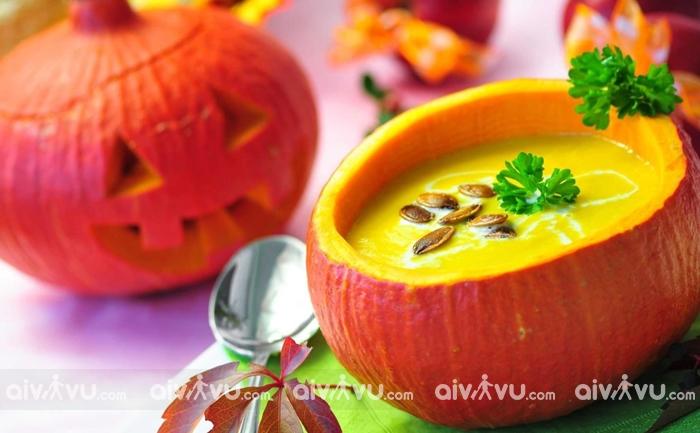 Súp bí đỏ món ăn truyền thống trong ngày Halloween